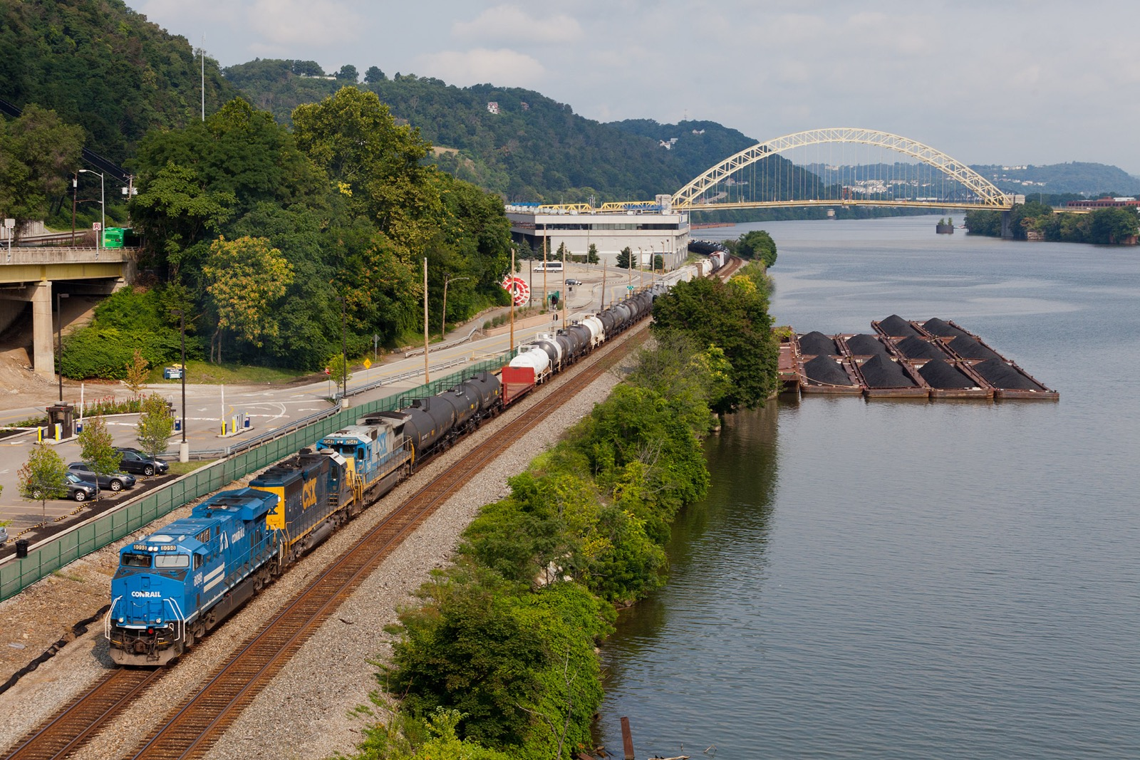 NS 8098 Conrail Heritage unit leads CSXT Q368-30 at Pittsburgh, MP PLE 0.0