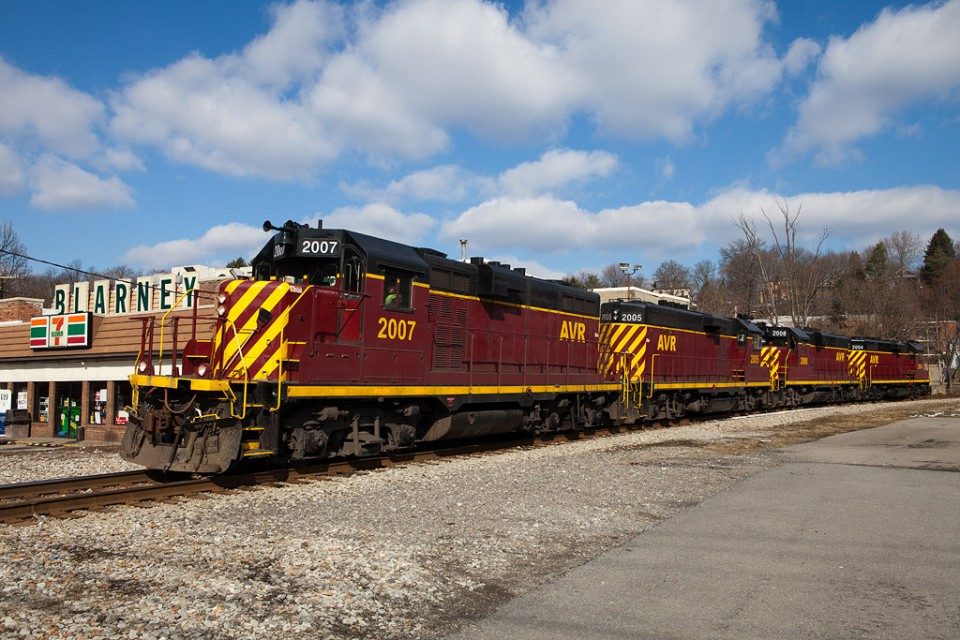 AVR 2007 leading light power returning from assisting a loaded unit sand train to Evans City, Pa. Etna, Pa. Feb 26, 2012